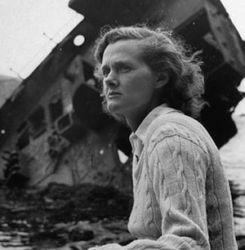 Daphne du Maurier (author of The Birds)