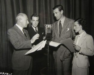 Lux Radio (Cecil B. DeMille, John Howard, Gary Cooper and Helen Mack)
