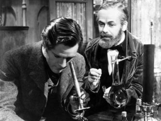Paul Muni (R) with Donald Woods in Story of Louis Pasteur 1936