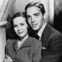 Richard Ney with Teresa Wright in Mrs. Miniver (1942)