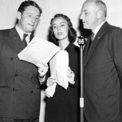 Spencer Tracy, Fay Wray and Cecil B. DeMille (Lux's Arrowsmith)
