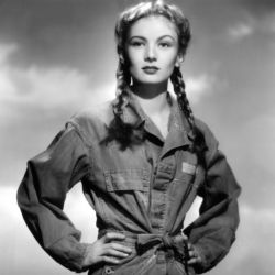 Veronica Lake in So Proudly We Hail