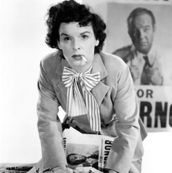Mercedes McCambridge as Sadie Burke in All The King's Men 1949
